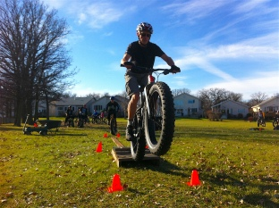 fat-bike-skills-clinic-6-nov-2016-pic-10