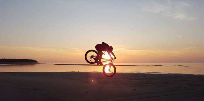 Fat Photo of the Month:  Sunset Beach – Fatbike Dave's Version