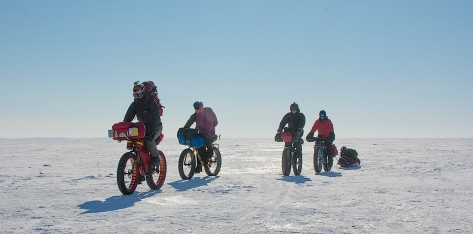 4 Fatbike Riders on Lake Winnipeg - 4 Mar 17 - Tom, Alfred, David & Bradley