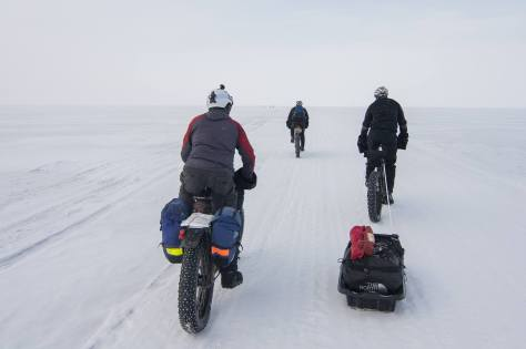 Lake Wpg Crossing Fat Bike Rigs 1