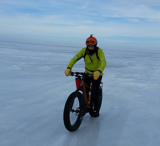 Lake Winnipeg Polar BearRun/Bike Crossing: An Icy Treat