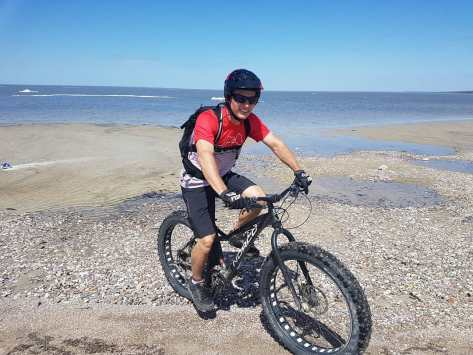 Dave Cushnie Fatbike - Lake Wpg 15 May 2018